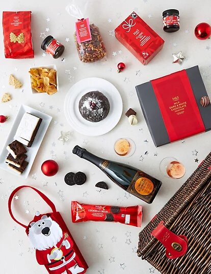Classic Christmas Hamper with Fizz - Marks and Spencer.