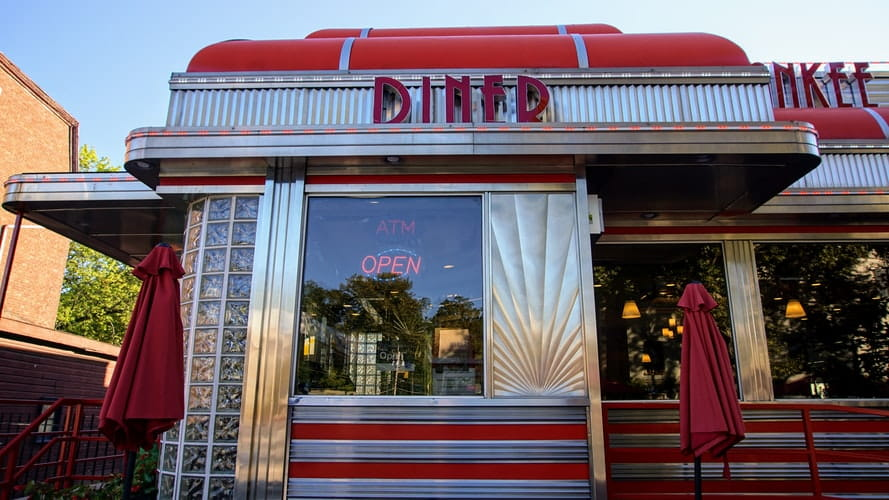 Choosing a good diner name is the first step to brand building