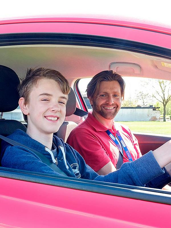 30 minute Young Driver Experience - Virgin Experience Days.