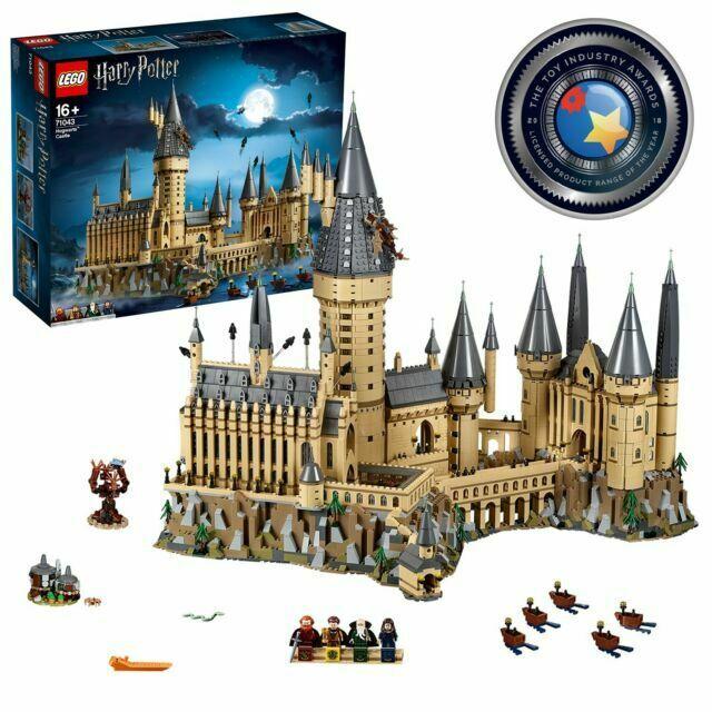 Harry Potter Lego Hogwarts Castle.