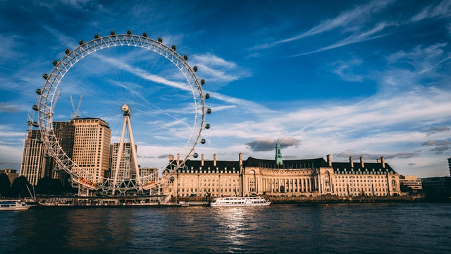 The giant ferris wheel in London is called the London Eye.