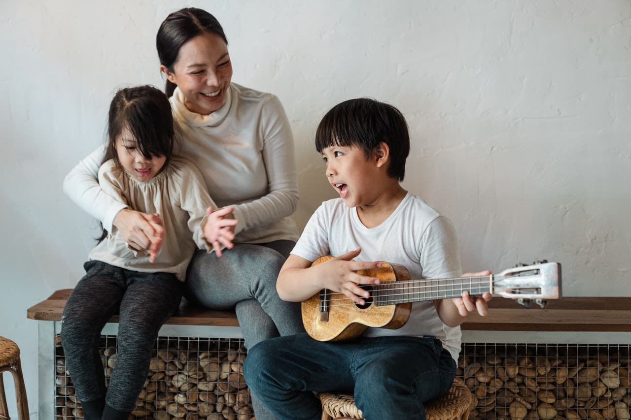 Funny jokes about music can be very entertaining for kids.