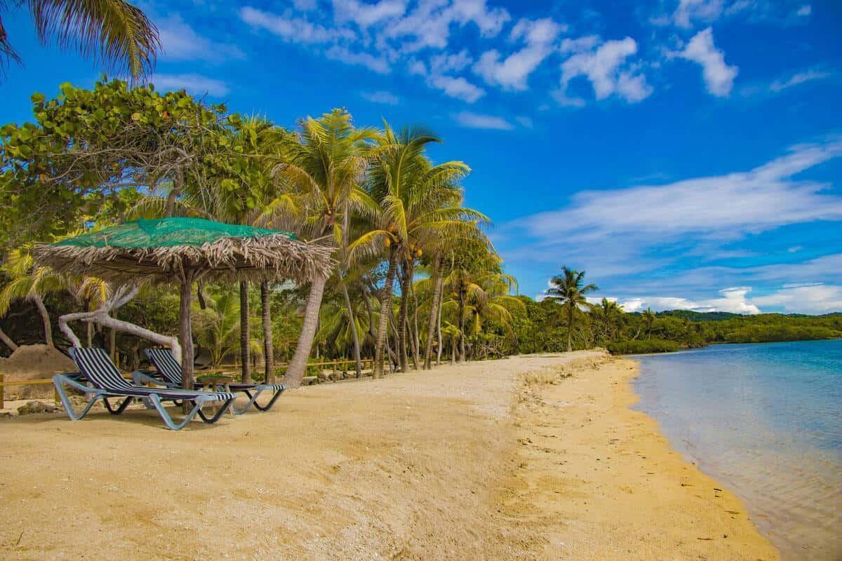 Honduras has miles of coastland on the Caribbean Sea and the Pacific Ocean.