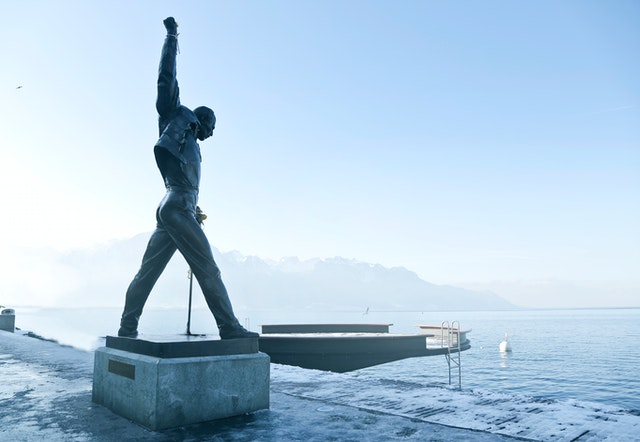 Switzerland is home to statue of Freddie Mercury overlooking a lake.