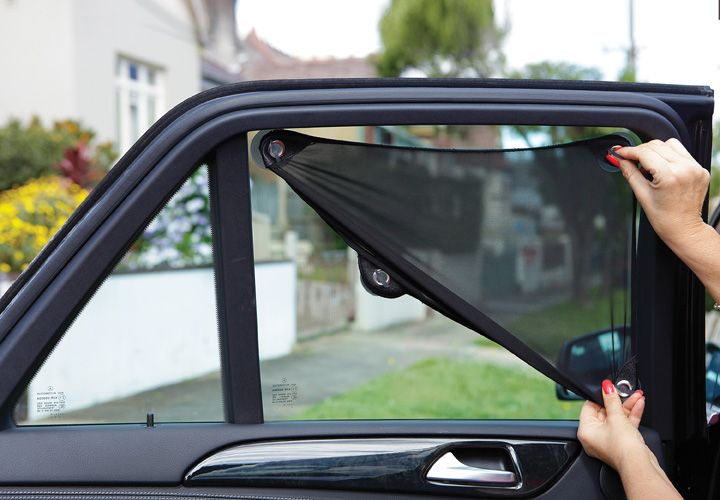 Dreambaby Stretch-To-Fit Adjustable Car Shade.