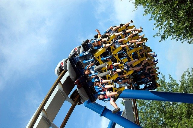 This list of roller coasters will teach you all about the biggest roller coaster names.