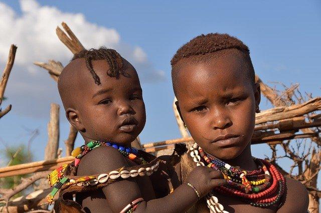 Ethiopian tribe members