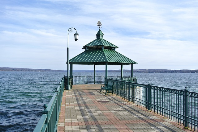 Owasco is the 6th biggest and third easternmost of the Finger Lakes of New York in the United States.