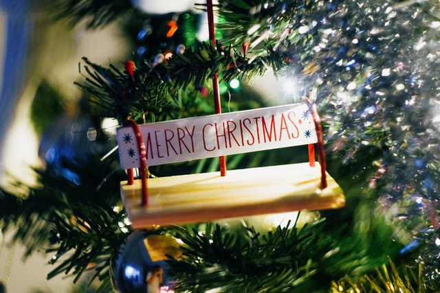 Christmas is a season of sharing joy and laughter and Christmas riddles!