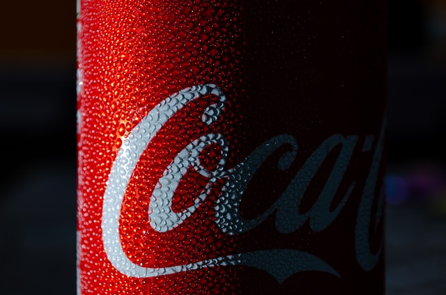 Guess the photo of a reputed carbonated drink brand.