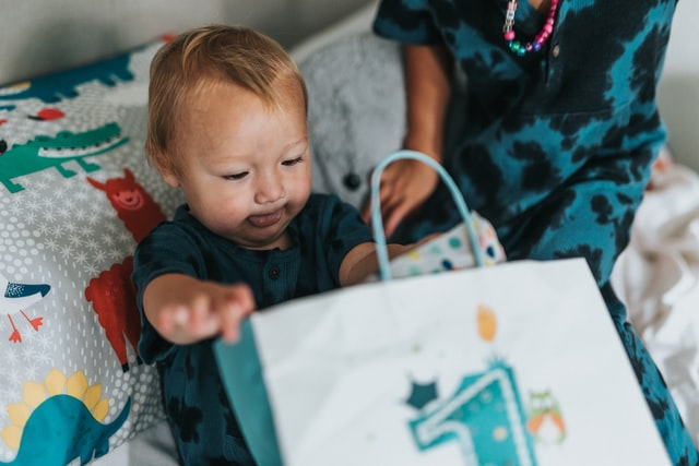 Using presents as way to manipulate you or your child is an unhealthy sign