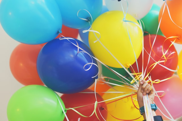 Balloons, cake, and party games are essential ingredients for a great kids' party!