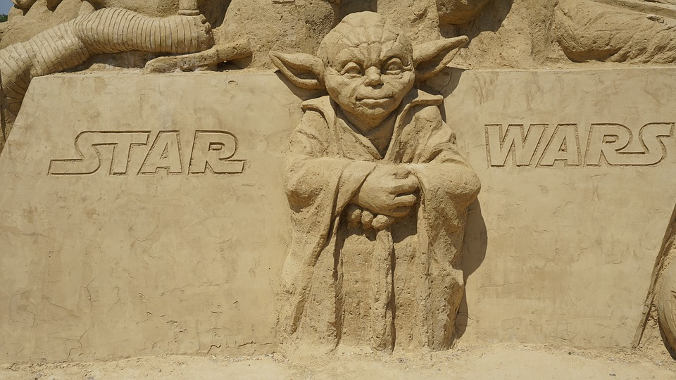 Best quotes from Luke Skywalker and Yoda quotes about hope.