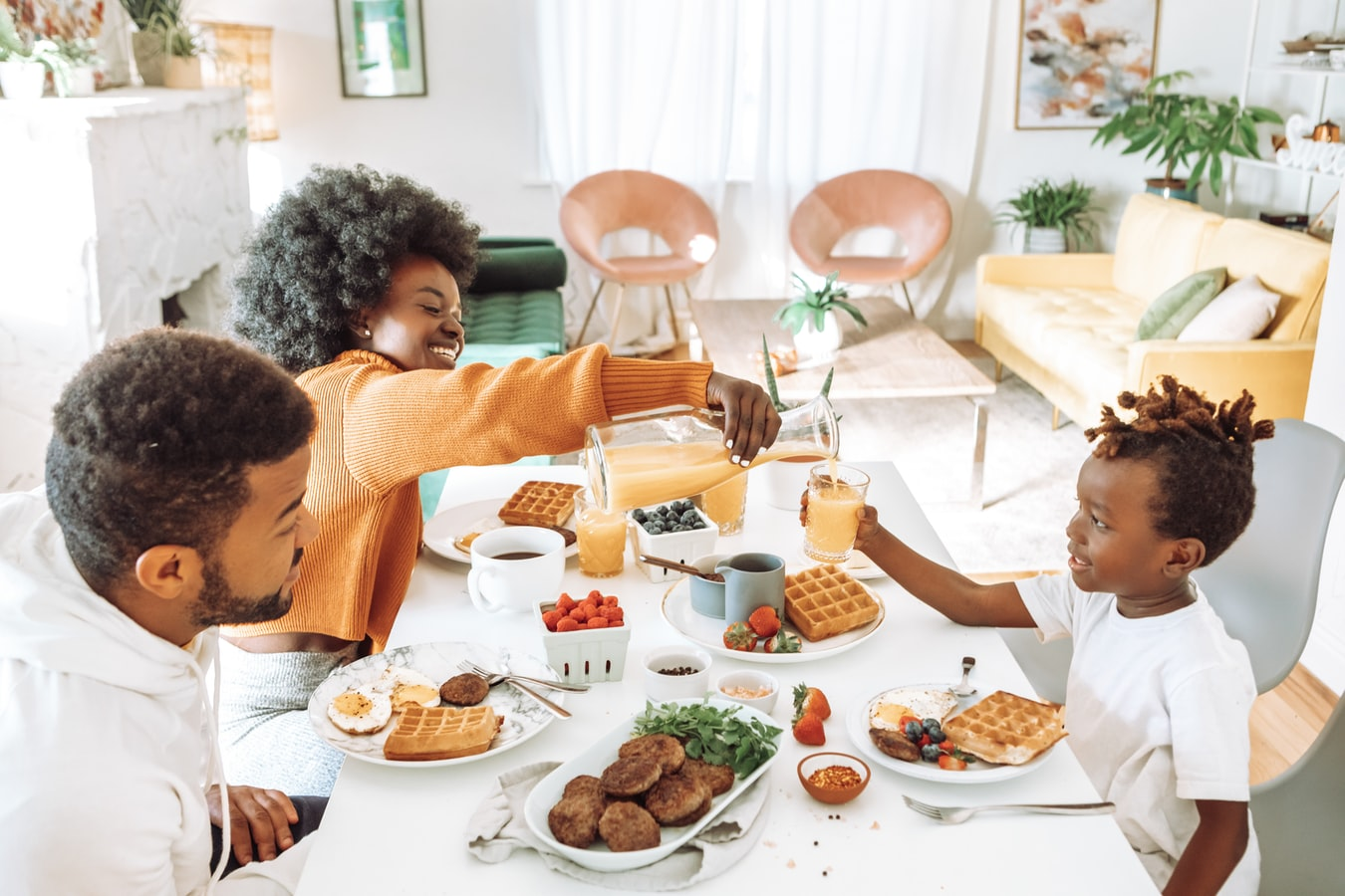 Good table manners make family mealtimes so much nicer for everyone.