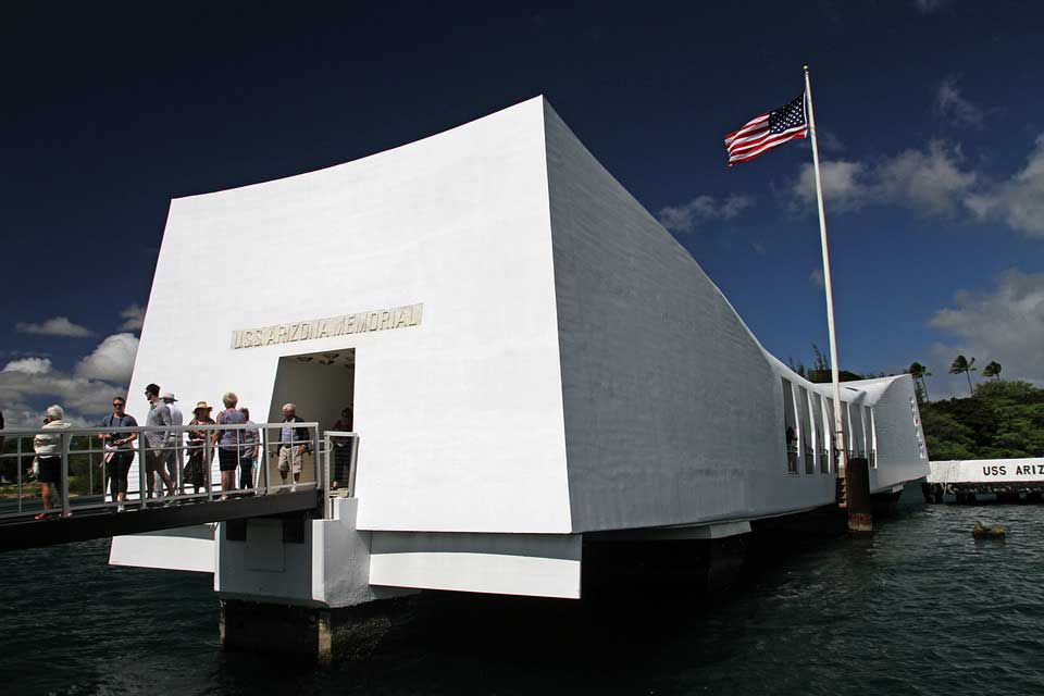 The attack on Pearl Harbor shook the USA.