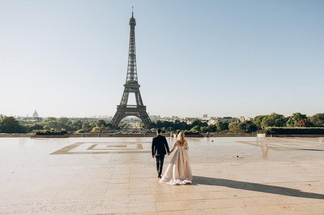 Paris Love quotes are truly romantic.