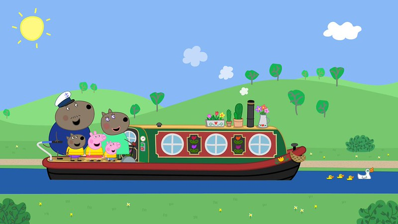 Peppa's house must be close to the coast.