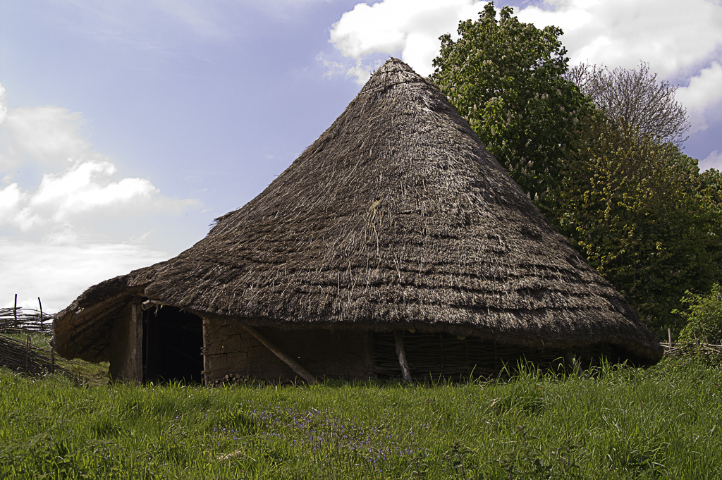 Check out this Celtic roundhouse fact file.