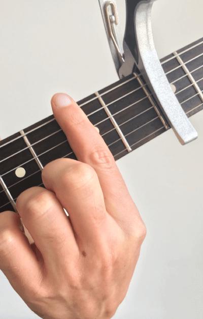 capo accord barré guitare