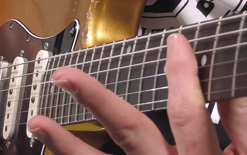 Technique main gauche Rake guitare 1