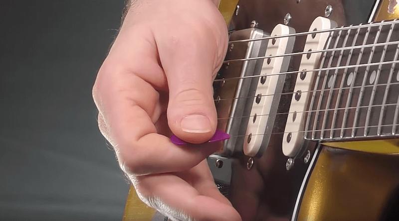 Technique main droite Rake guitare 2