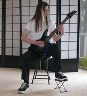Guitare électrique position classique