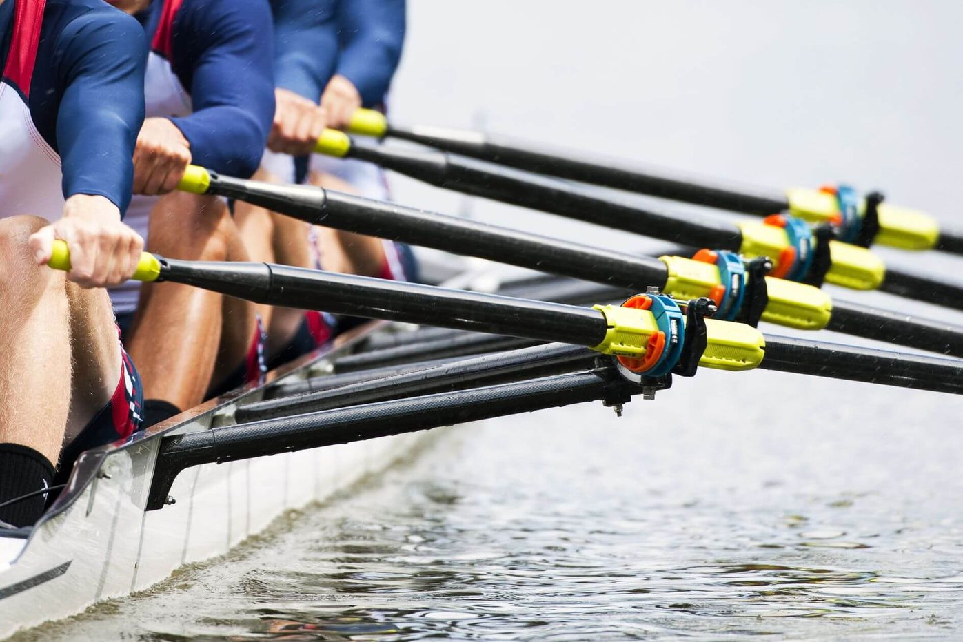A team of rowers moving in sync [Unioncrate]
