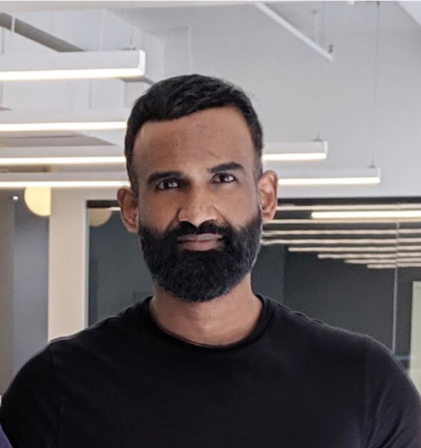 Headshot of supply chain expert and Unioncrate Founder & CEO Shastri Mahadeo