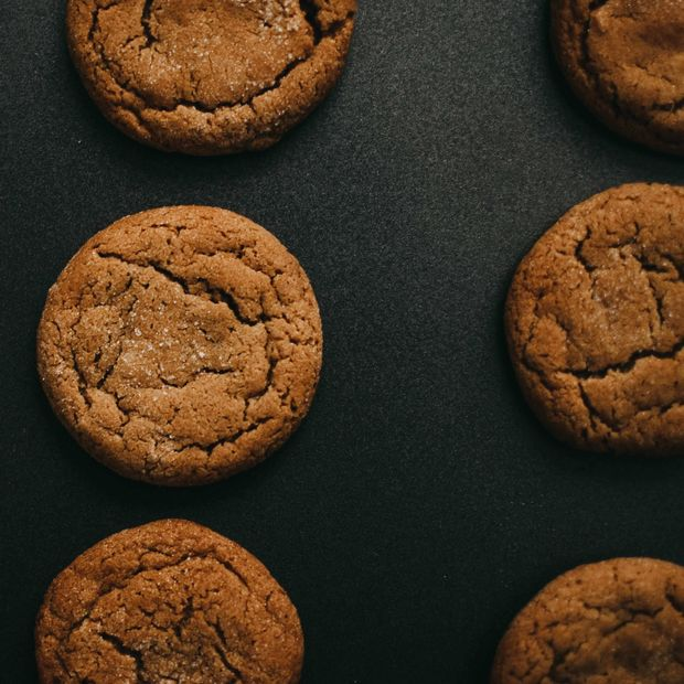 Rows of snickerdoodles on a black baking sheet, representing the cookie category for Unioncrate's CPG Year In Review