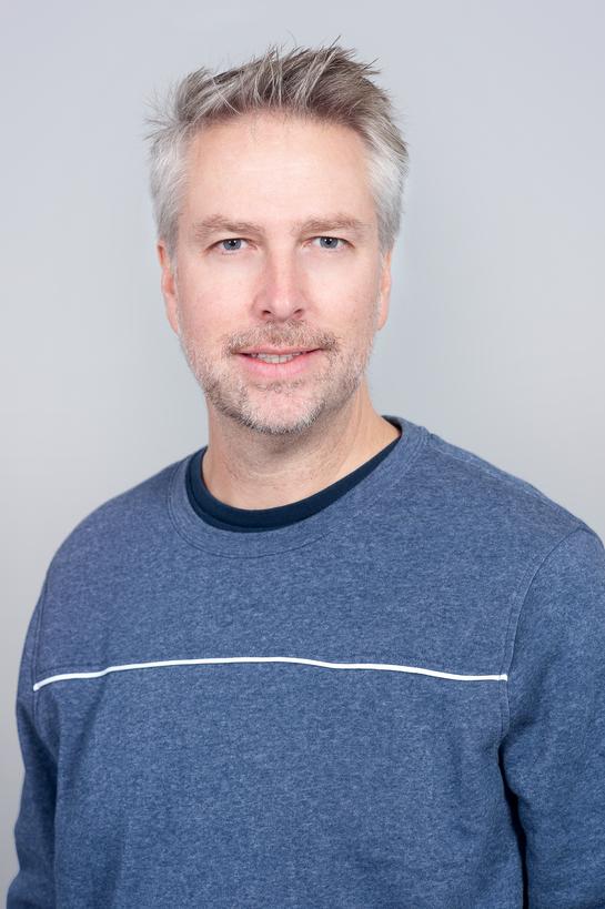 Daron Stinnett