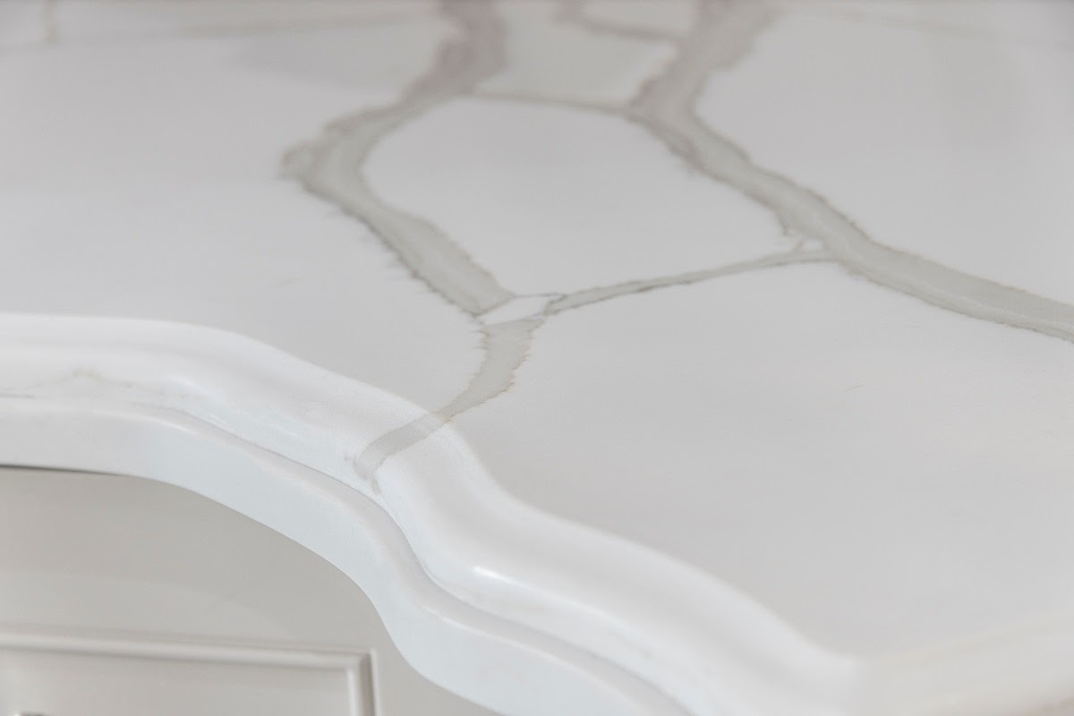 quartz countertop edge styling
