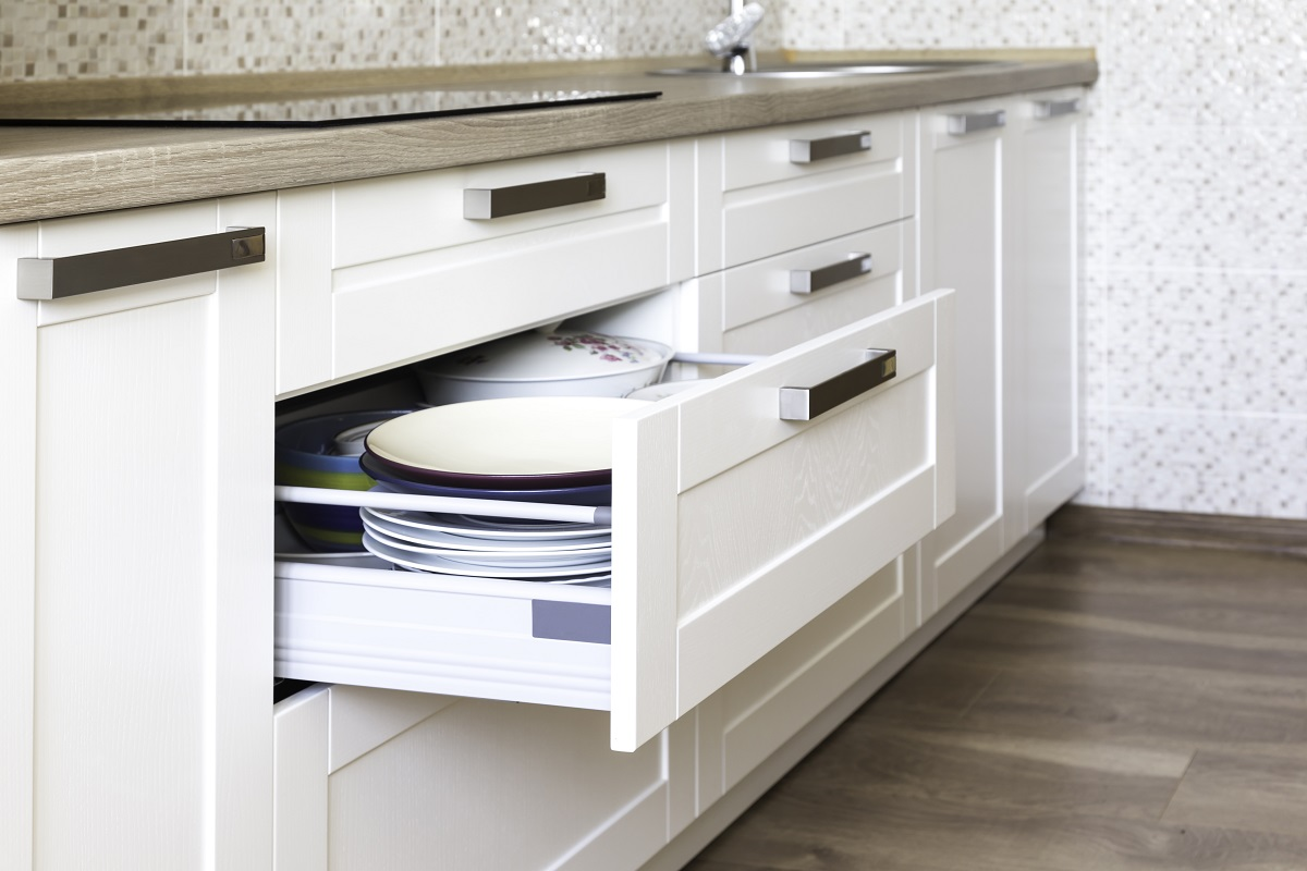 How Humidity and Temperature Affect Your Cabinets