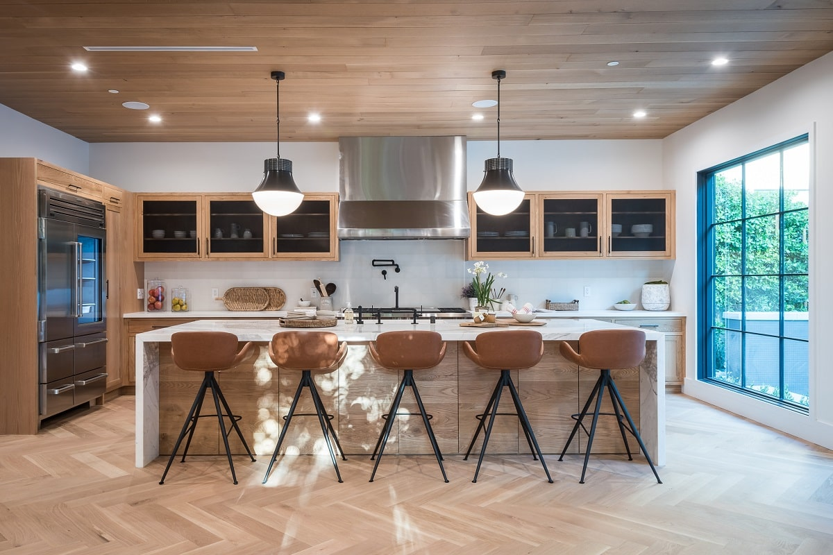 Knotty Hickory Wood Cabinets