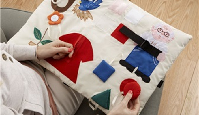 Activity quilt