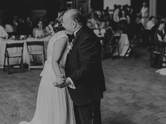 Weinstein Sculpture Garden Wedding in black and white