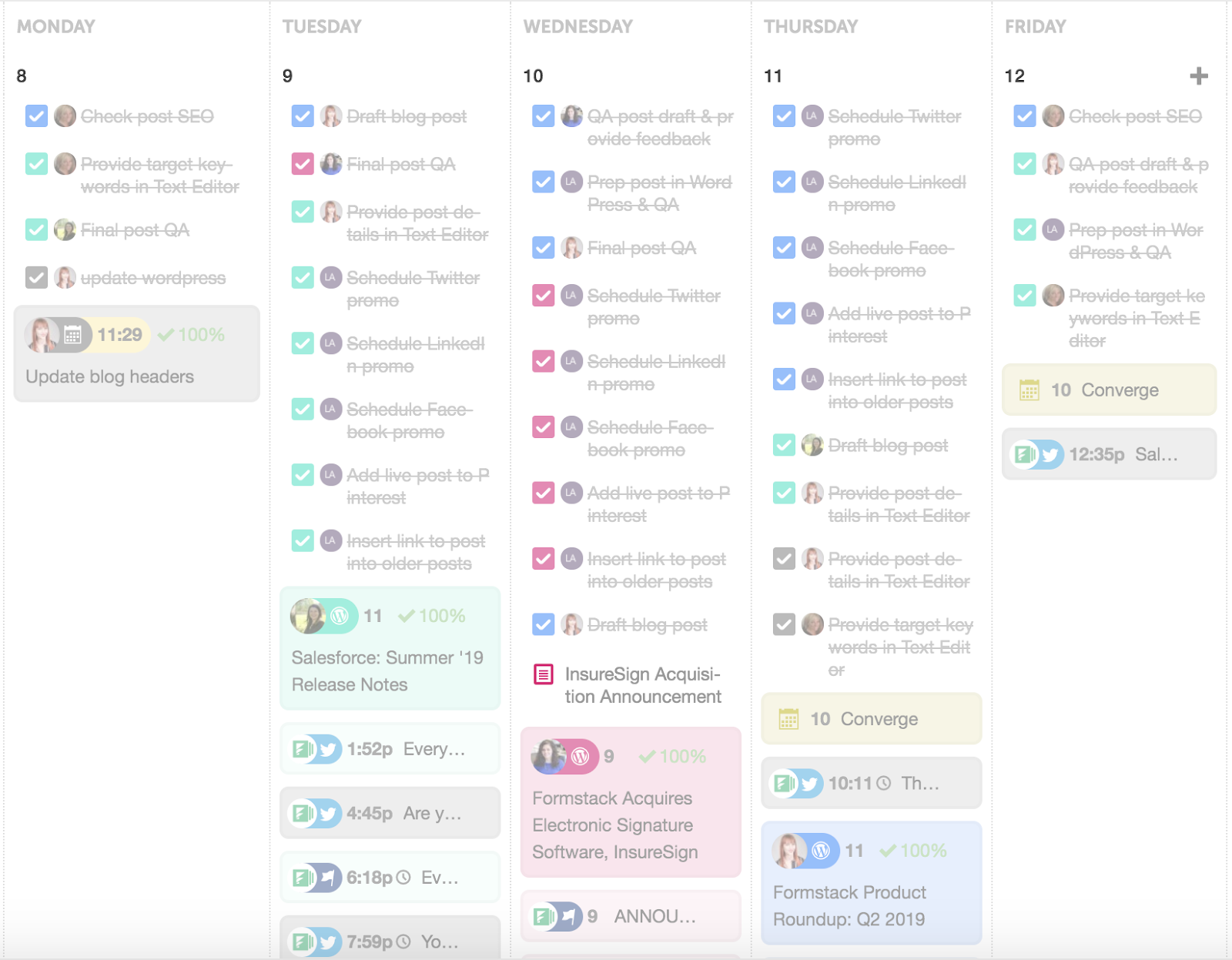 The CoSchedule calendar is one of our favorite content marketing tools.
