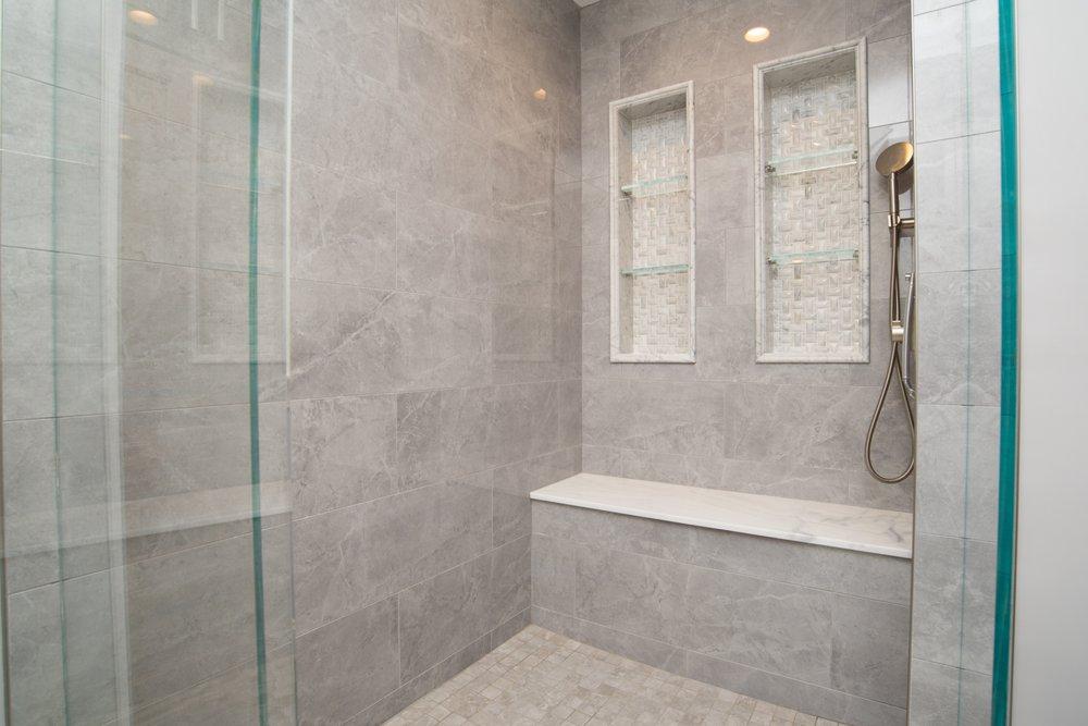 bathroom decor Lomita