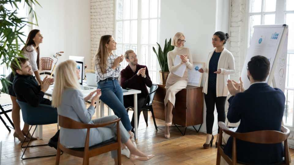Eight steps to engaging senior leaders with 360 feedback projects | peopleHum