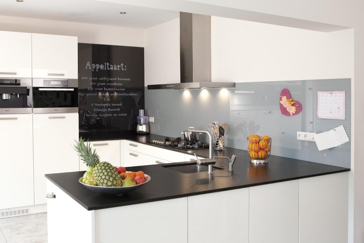 Keuken achterwand van glas met print