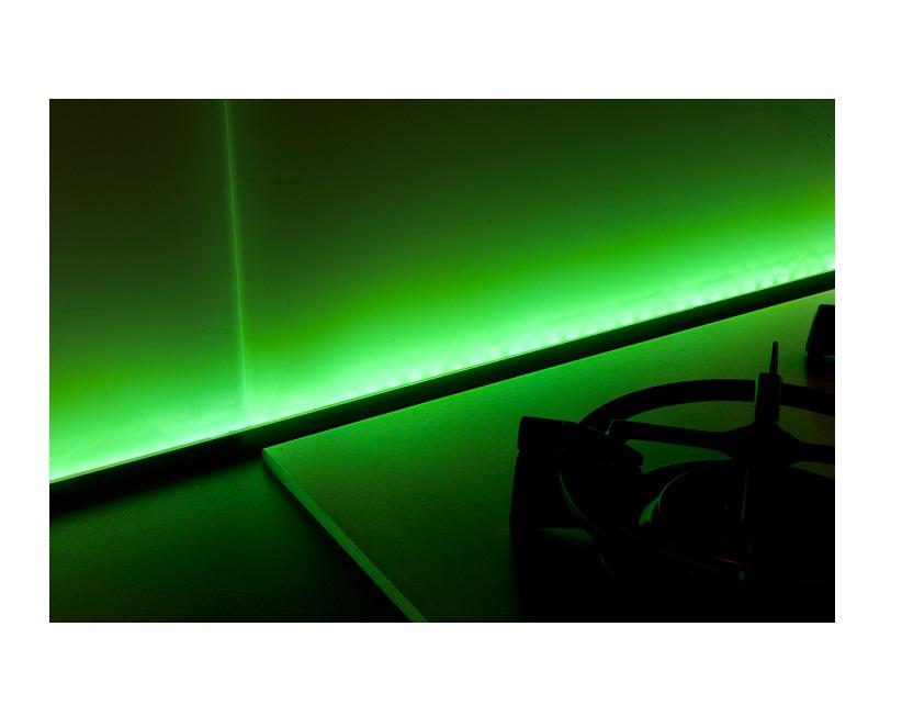 Keukenwand met led verlichting