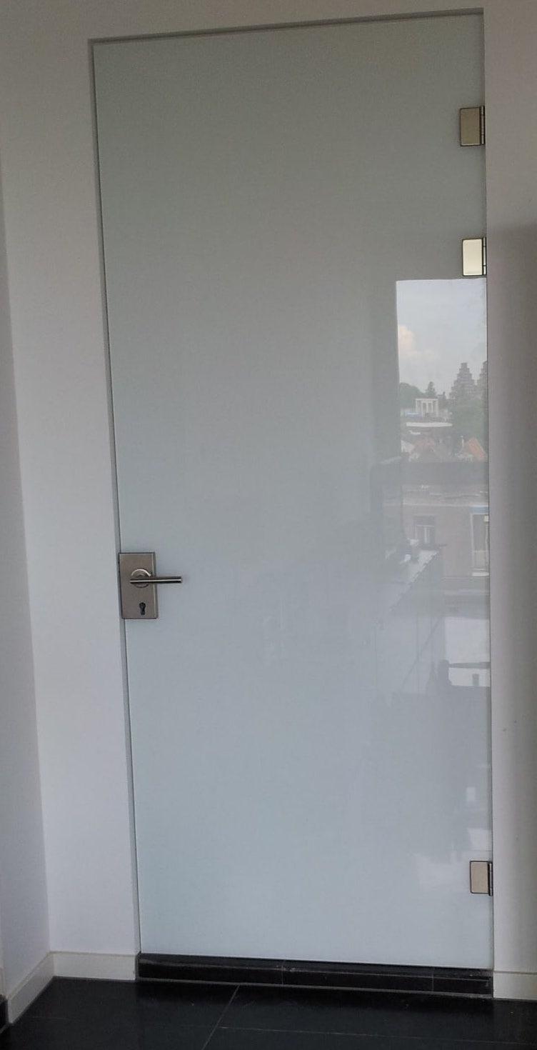 Glazen deur op maat mat