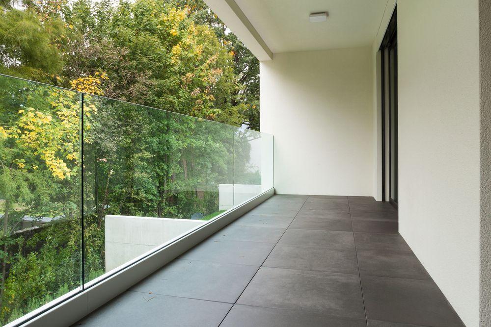 Balustrades, serres en beloopbaar glas