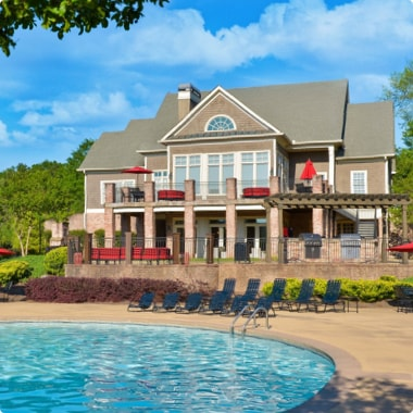 Pool and community center at Steadfast multifamily complex