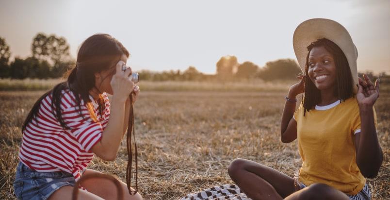 girls' photo shoot