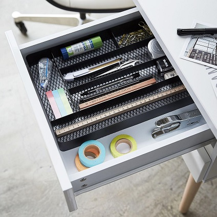 organized drawers with dividers