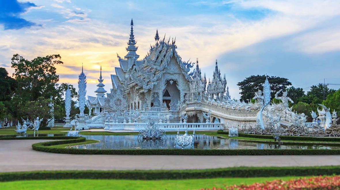 Wat Rong Khun: The White Temple