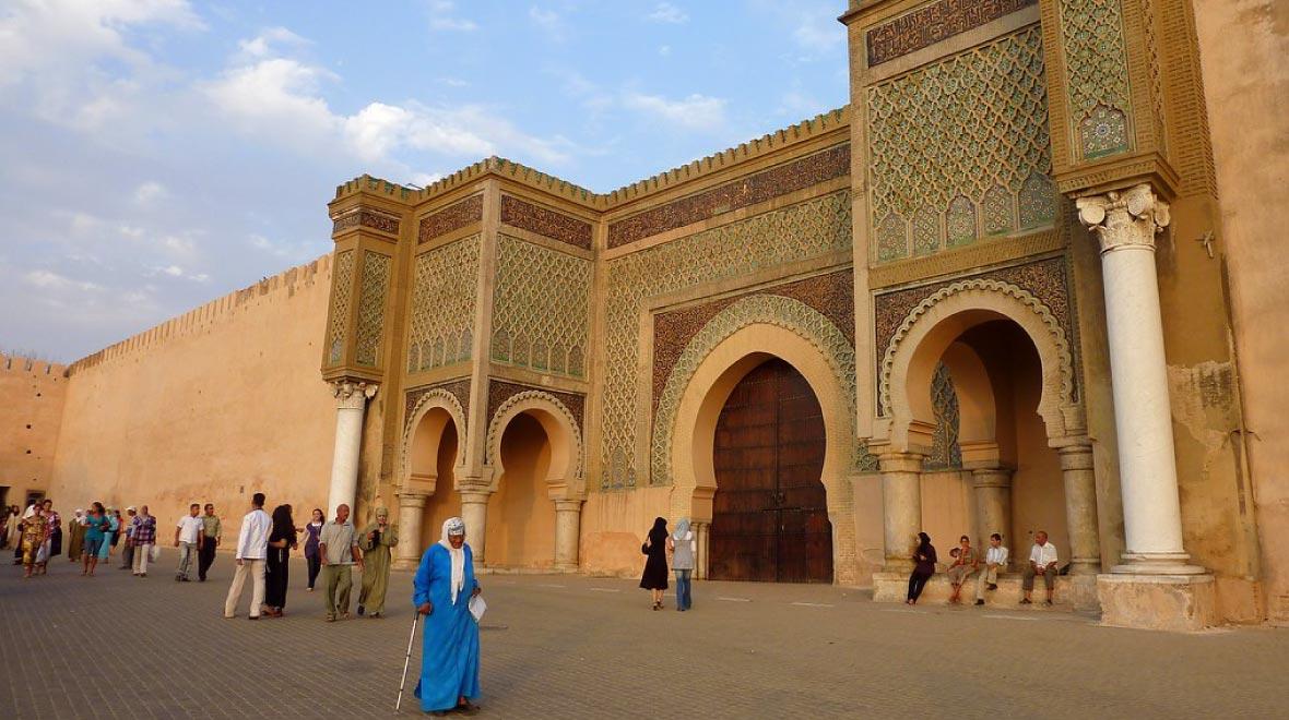 Bab Mansor