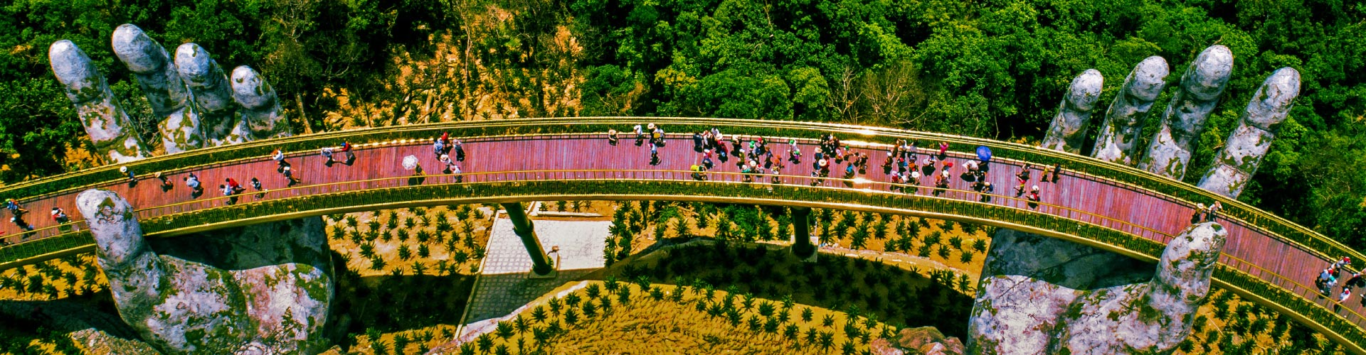 Da Nang, Ba Na Hills + The Ancient Hoi An & Hue