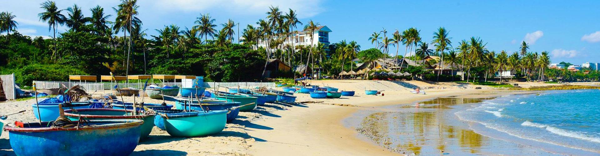 Ho Chi Minh + Cu Chi & Mui Ne Beach