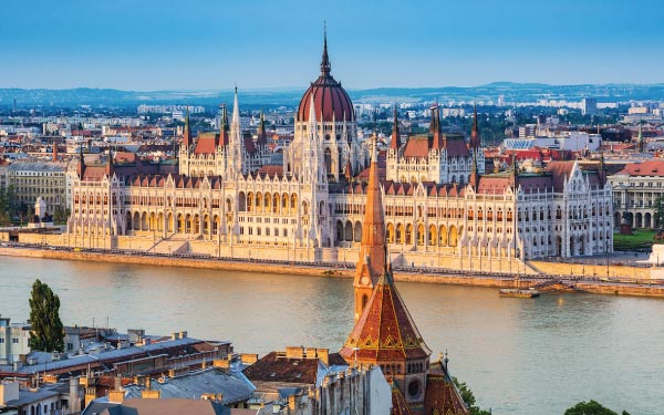 Imperial Capitals Vienna And Budapest